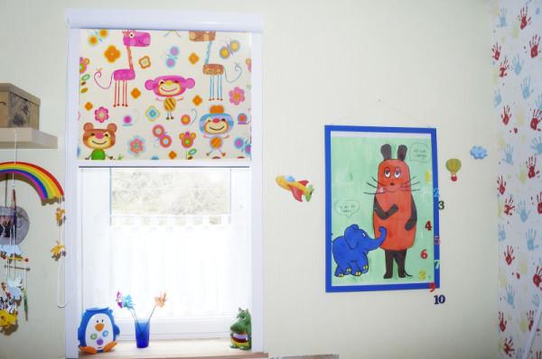 Fotorollo mit Kindermotiv im Kinderzimmer