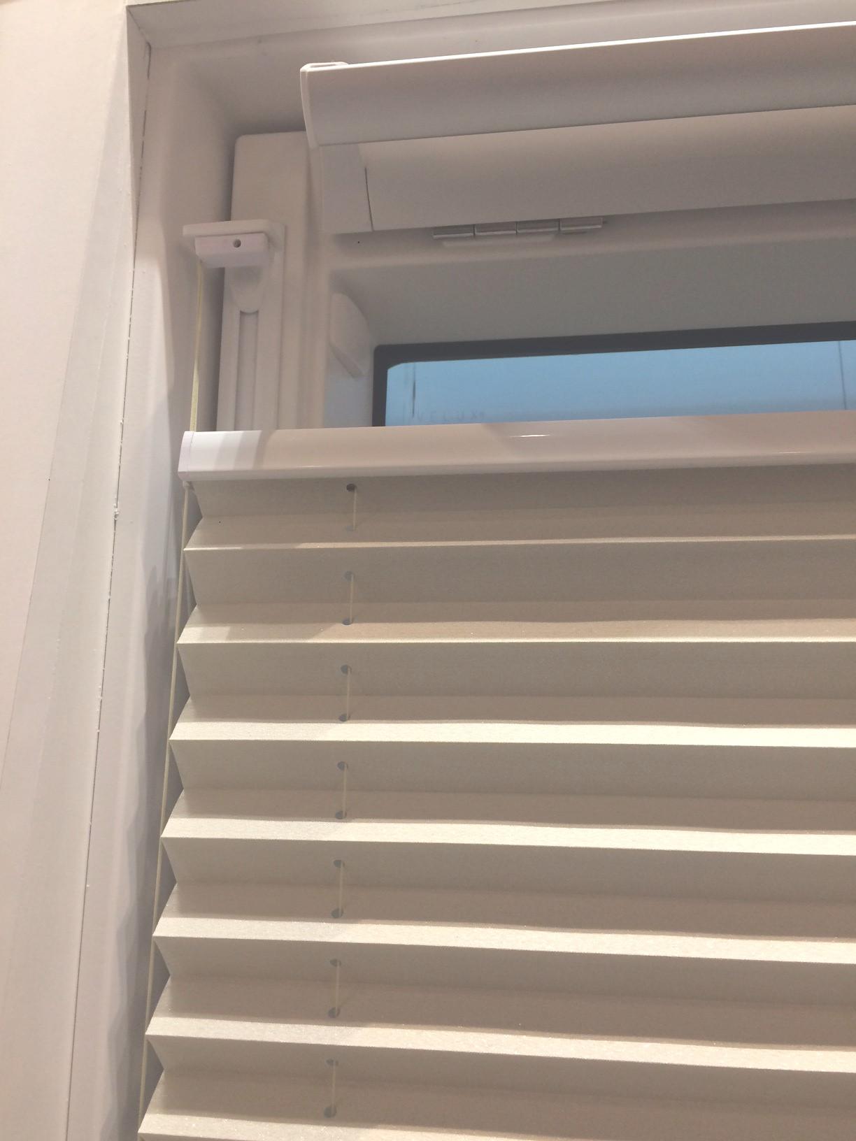 Favorit Plissee ohne Bohren für Dachfenster | Rollomeister.de KW81