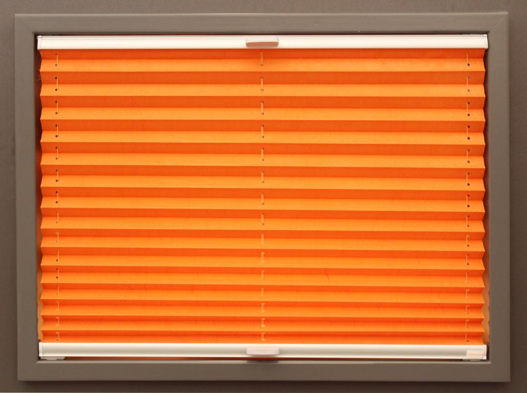 oranges VS2 Plissee mit halbtransparentem Stoff
