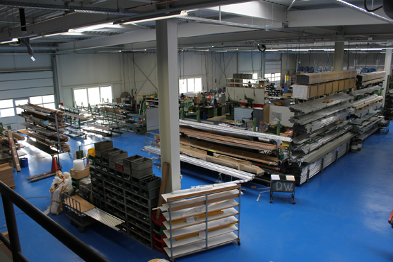 Die Produktionshalle der Widmer GmbH