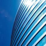 Glasfolie an modernen Gebäuden