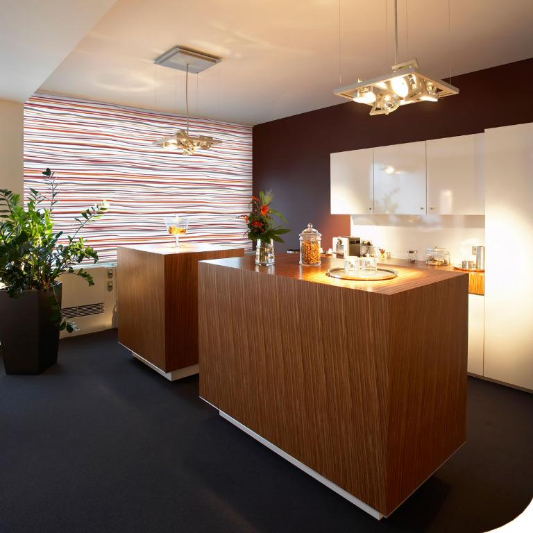 elektrische rollos kaufen online kaufen. Black Bedroom Furniture Sets. Home Design Ideas